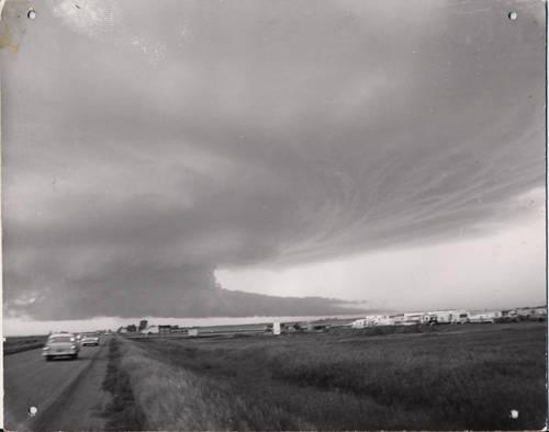 fargo_tornado_forming