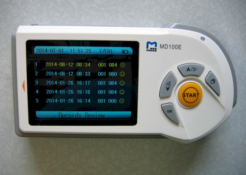 comparative-handheld-MD100E-6.jpg (92880 bytes)